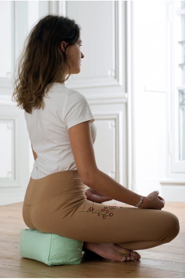 Coussin de méditation Keya vert pastel
