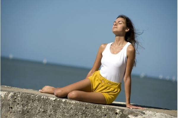 Short de yoga Maya jaune
