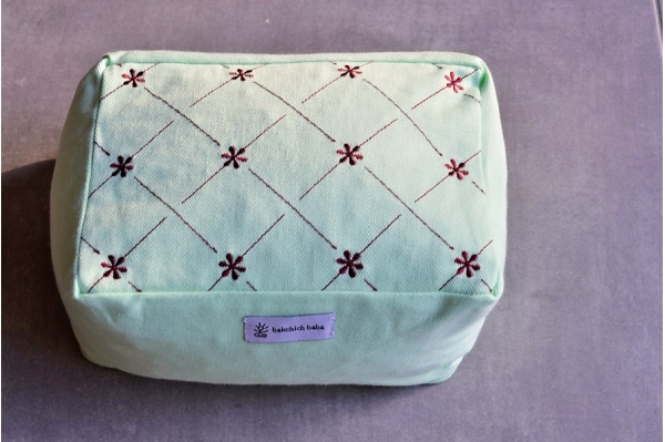 Small meditation cushion Keya green