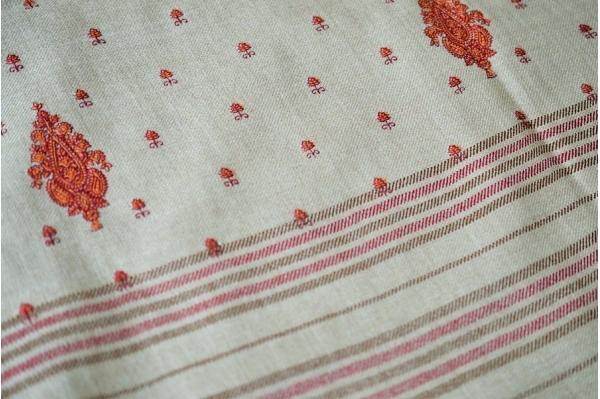 Châle de méditation en laine taupe