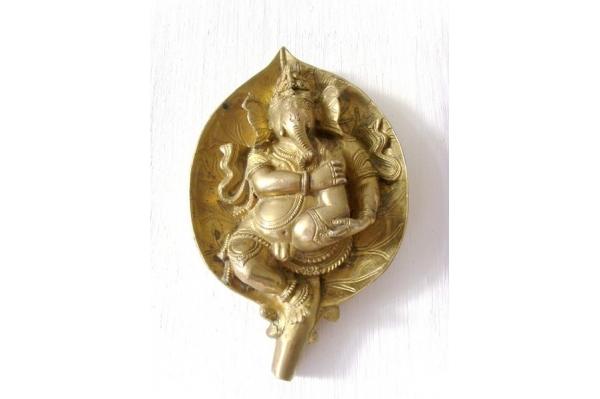 Ganesh sur feuille - doré
