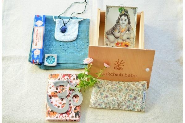 My indies box bleu