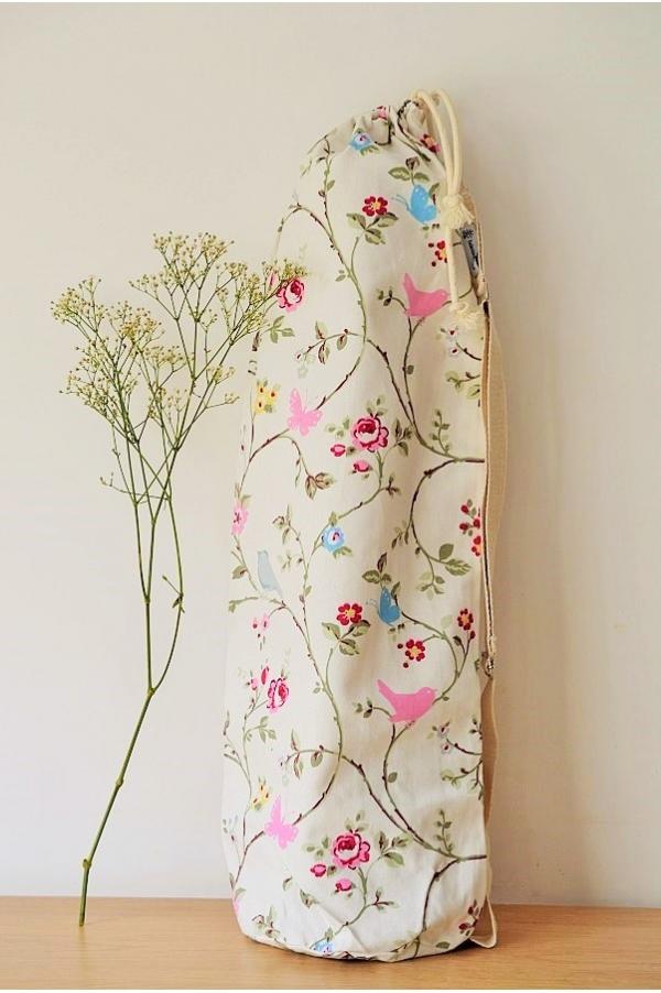 Yoga mat bag Emy fleurs fond blanc