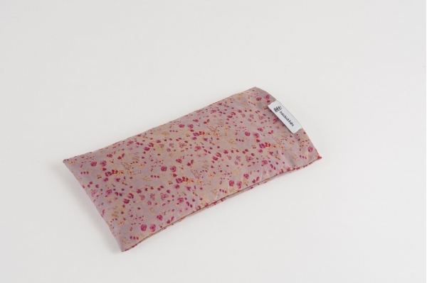 10 eye pillows