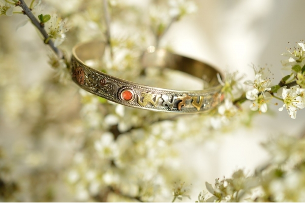 bracelet tibétain très fin